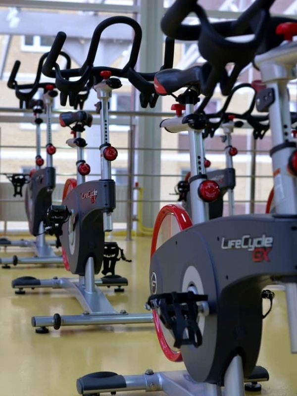 Exercise Bike Vs. Rowing Machine – What's the Difference?