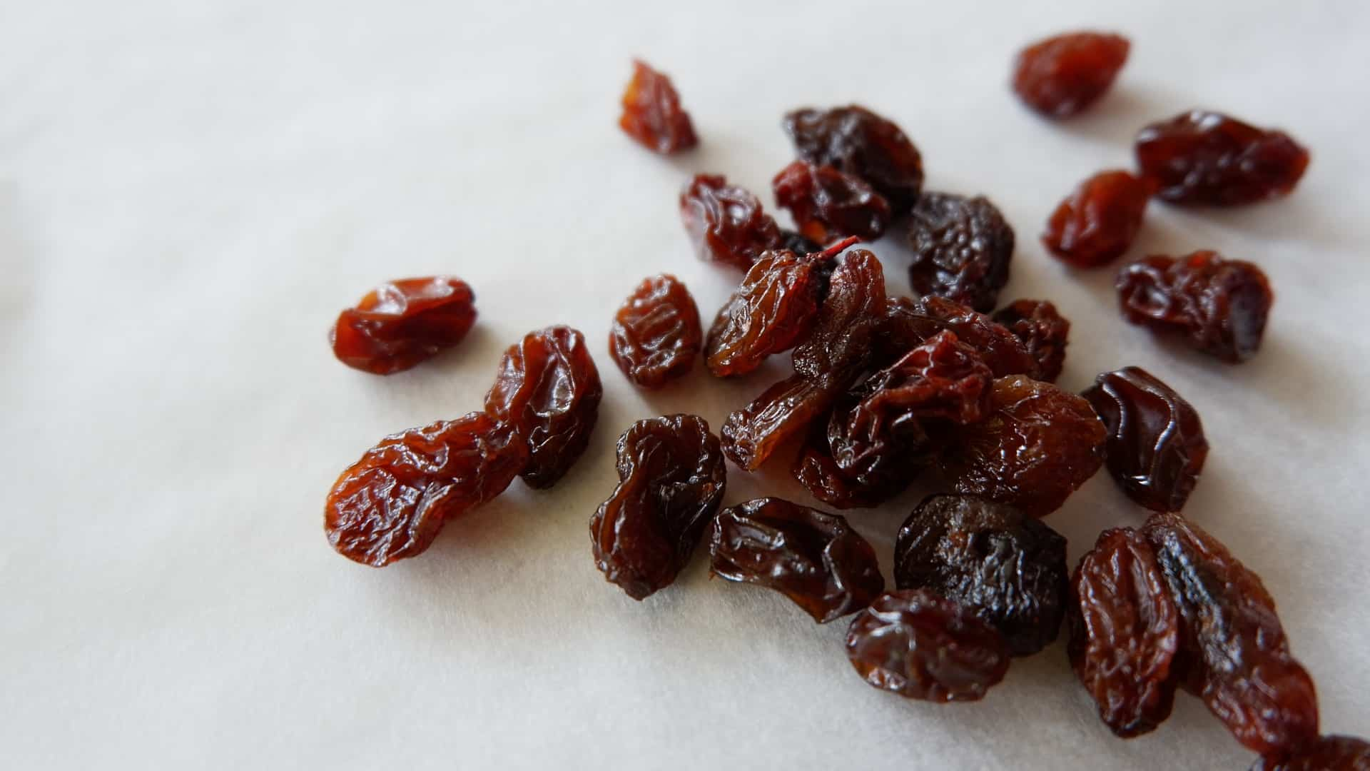The Health Benefits of Raisin Water for Your Liver - Wins or Fit