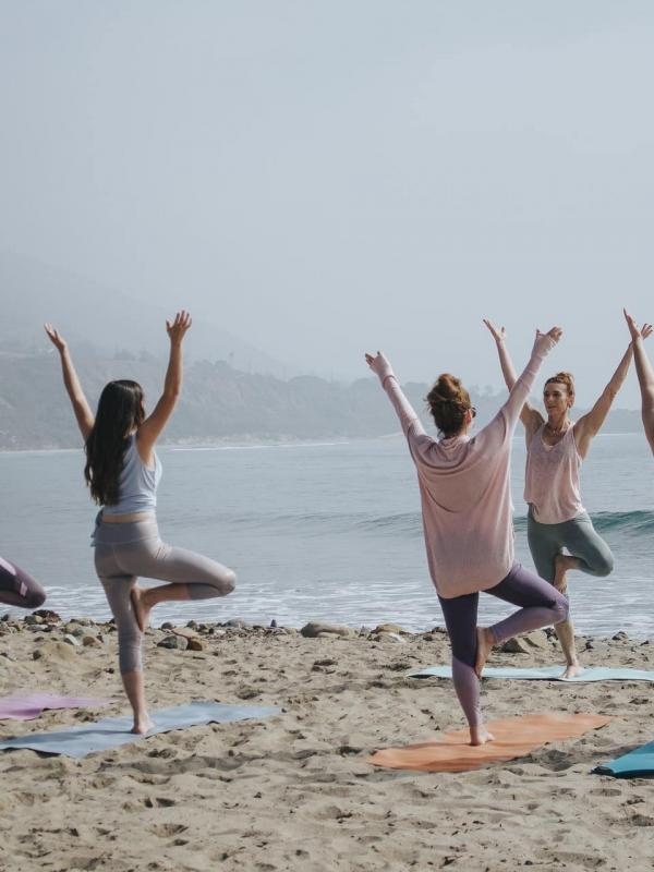 Yoga Asanas That Help With Gastrointestinal (GI) Health
